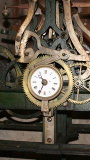Horloge ancienne en fonction